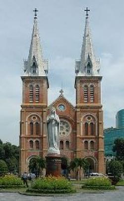 Lên tiếng với Thông tín viên Đài truyền hình Hậu Giang về Nhà thờ Đức bà Sài gòn