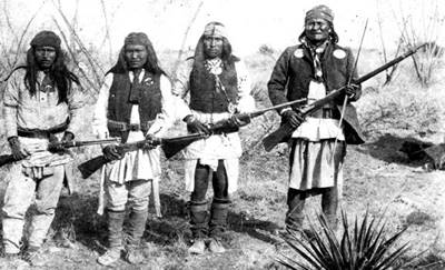 http://upload.wikimedia.org/wikipedia/commons/f/f1/Apache_chieff_Geronimo_%28right%29_and_his_warriors_in_1886.jpg